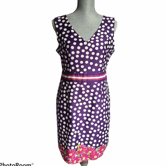 Coco & Tashi Dresses & Skirts - Coco & Tashi V-neck Summer Dress Size Large